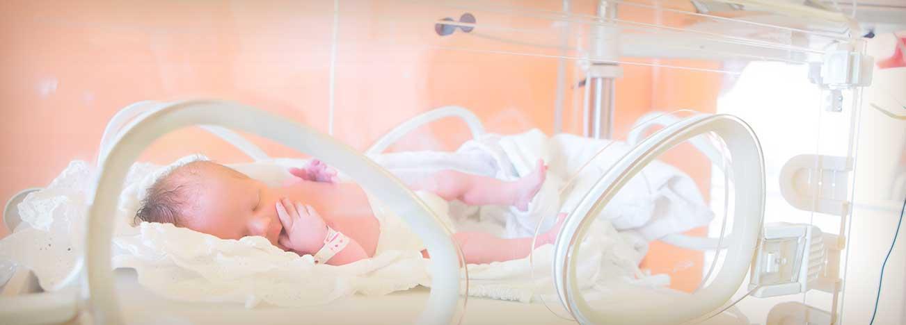 Guía de alimentación y nutrición de un bebé prematuro.