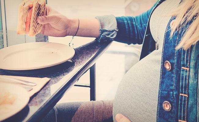 Las grasas también son esenciales en el embarazo